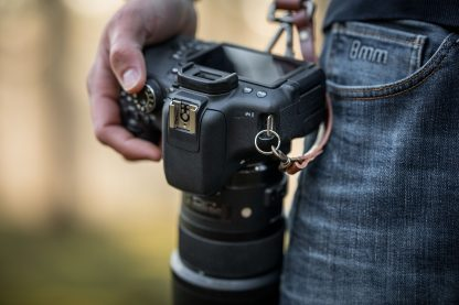 Dual camera harness in brown leather with your own logo engraving to personalize your camera holster